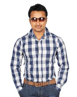 Yepvi White And Nevy Blue Checked Shirt
